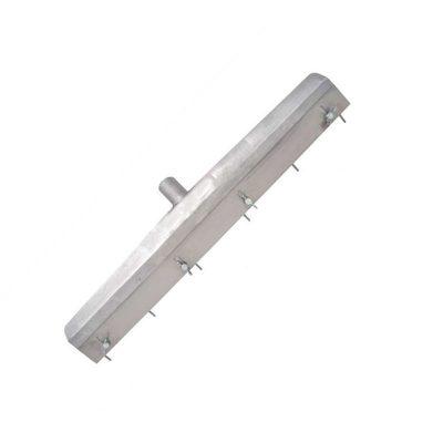 Stiftrakel mit montiertem Stielhalter und einstellbarer Stiftleiste bis 18 mm